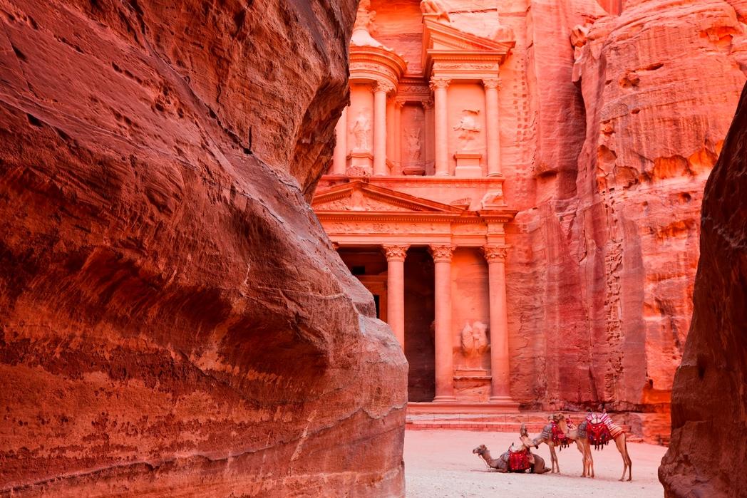 Ürdün'ün UNESCO dünya mirası listesindeki tarihi Petra - macera dolu bir Kurban Bayramı tatili