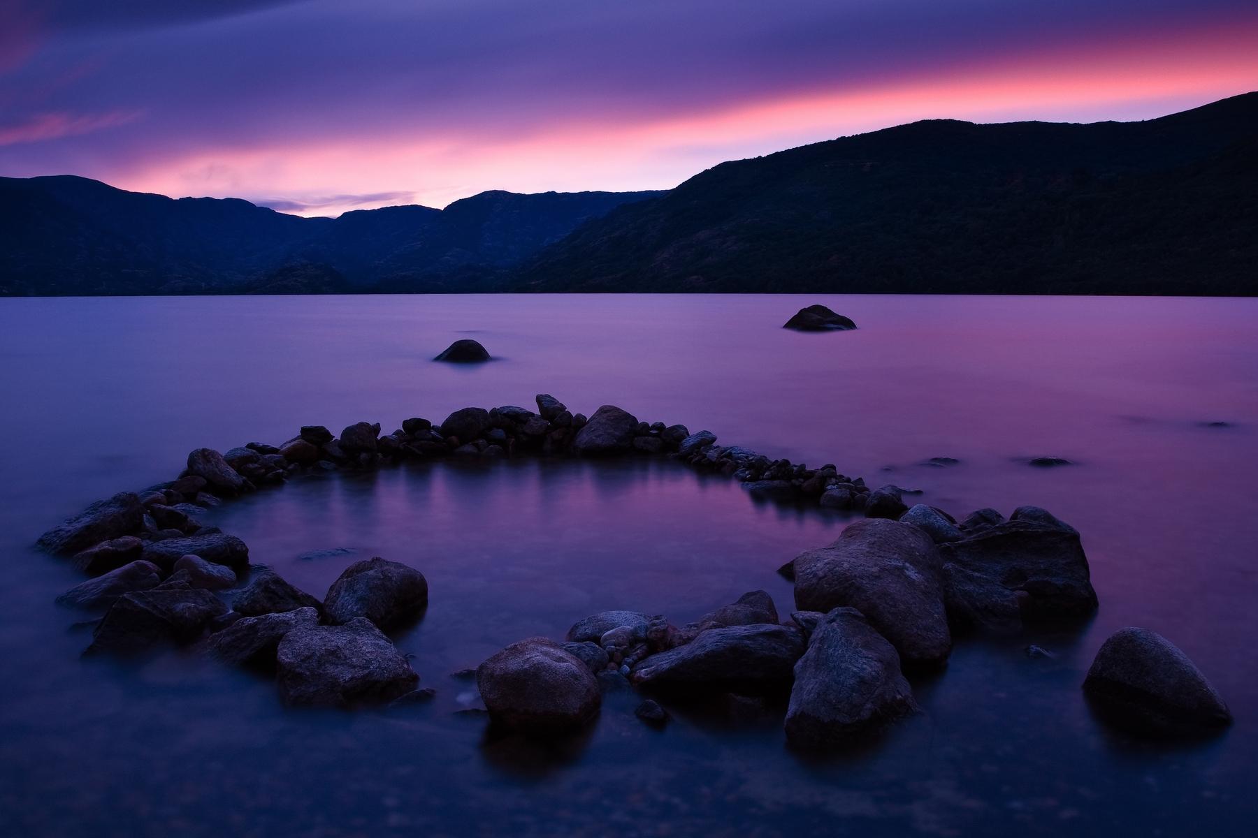 El lago de Sanabria es uno de los lagos más grandes de España