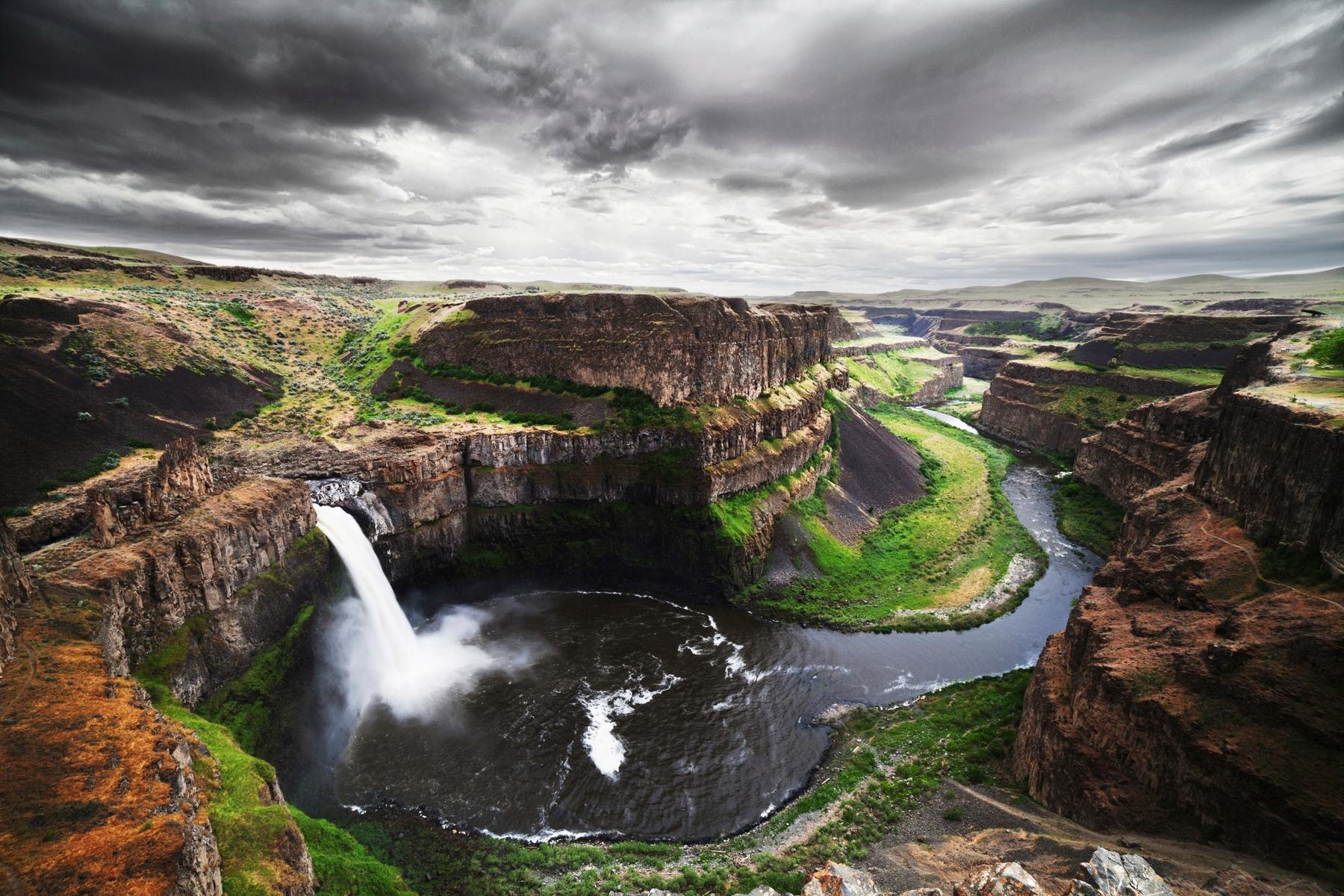Водопад Палус, Вашингтон, США. Список самых впечатляющих водопадов мира