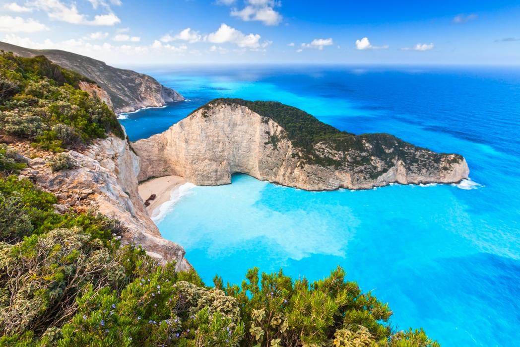 Η παραλία Ναυάγιο στη Ζάκυνθο, μία απ' τις πιο διάσημες παραλίες στα ελληνικά νησιά