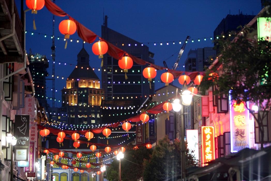 Η Chinatown φωτισμένη τη νύχτα - ταξίδι στη Σιγκαπούρη