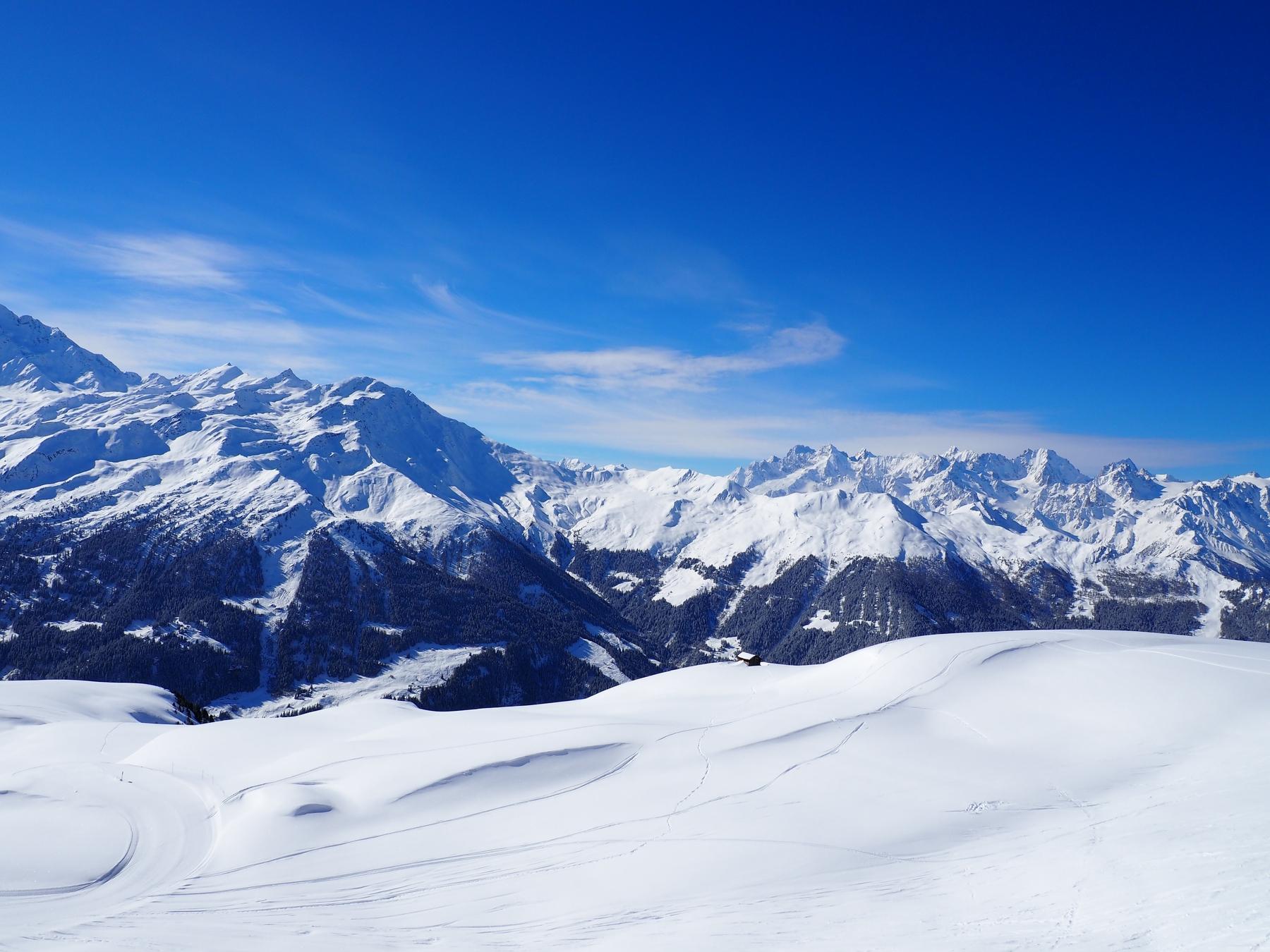 橫跨法國、義大利與瑞士三國領土的白朗峰環狀徒步路線
