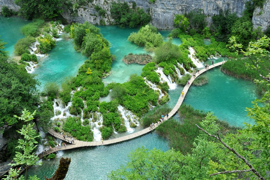Mία απ' τις κυκλικές διαδρομές στις Λίμνες Πλιτβίτσε - 8 καλοί λόγοι για ένα ταξίδι στην Κροατία την άνοιξη 2020