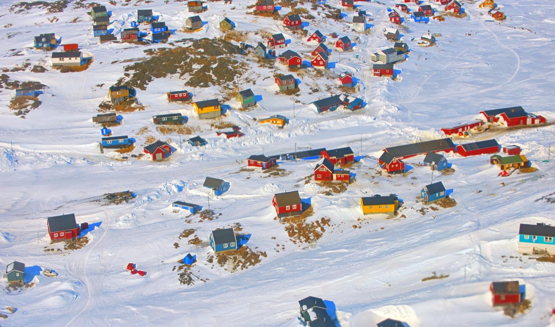 Удаленный от цивилизации городок Иллоккортоормиут в Гренландии