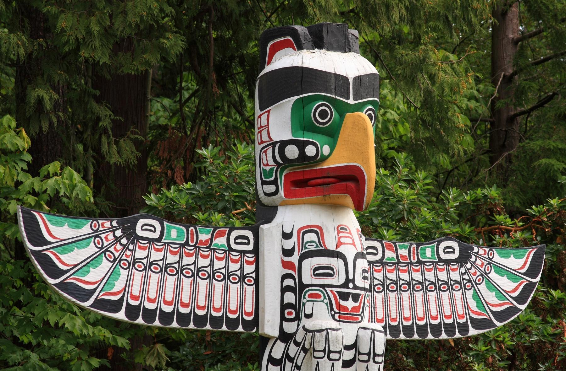 Los totems se hallan repartidos por los principales parques de Isla Vancouver