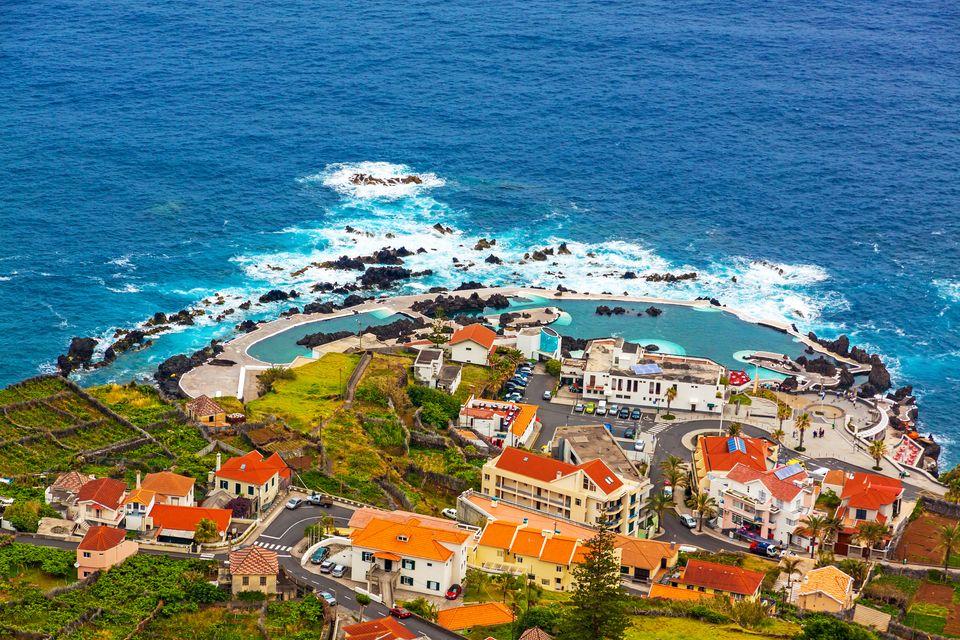 Пляжи Португалии: Порто Мониш