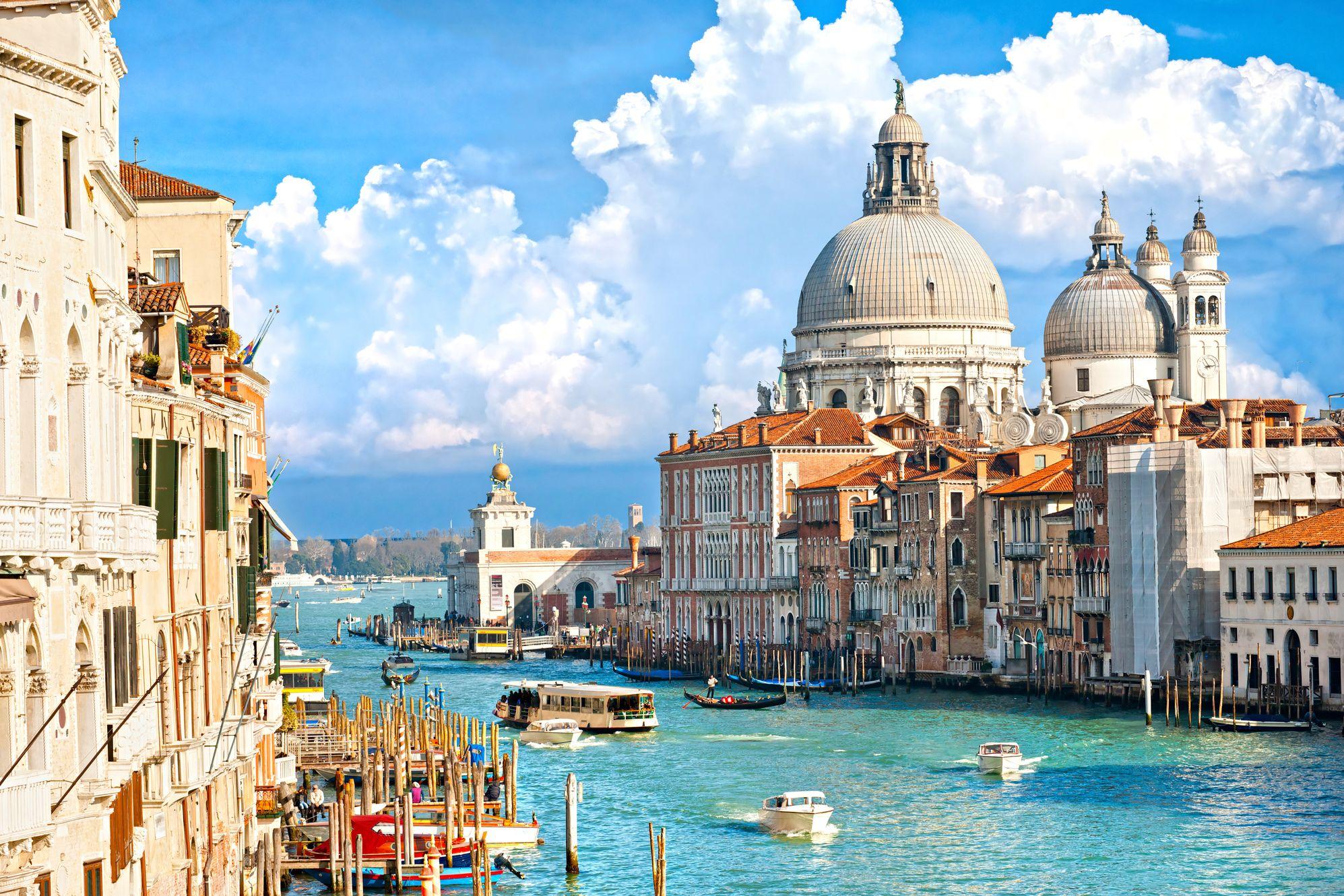 Где интереснее отдыхать: в Италии или Испании