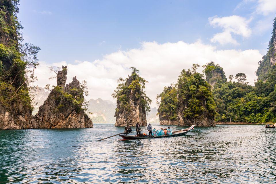 Εκδρομή με κανό στο Εθνικό Πάρκο Κhao Sok της Ταϊλάνδης