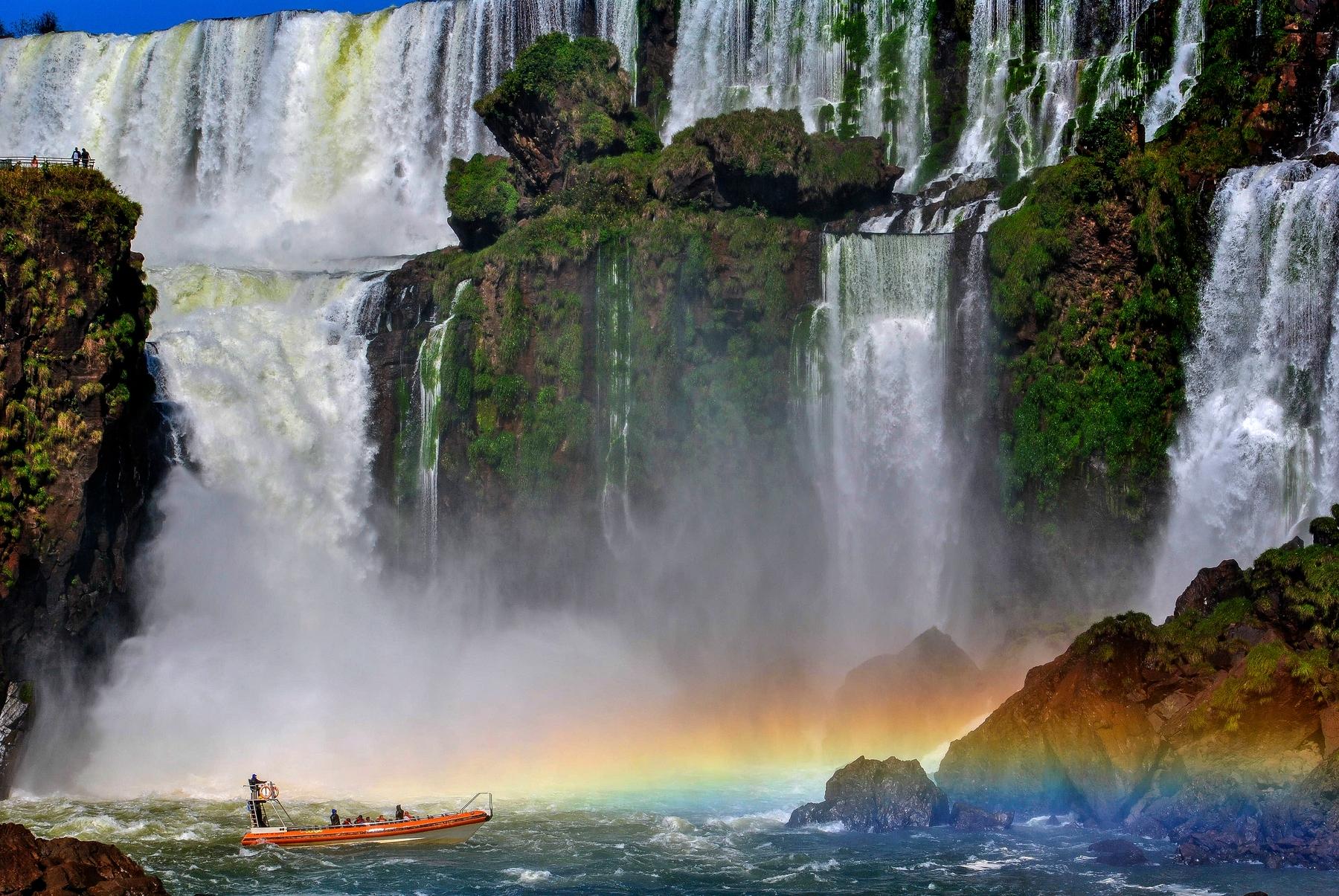 Восхитительные водопады Игуасу, Аргентина и Бразилия