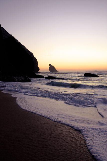 Пляжи Португалии: Адрага