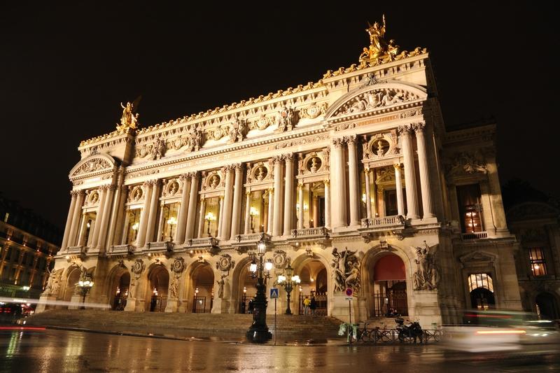Parigi, Opera