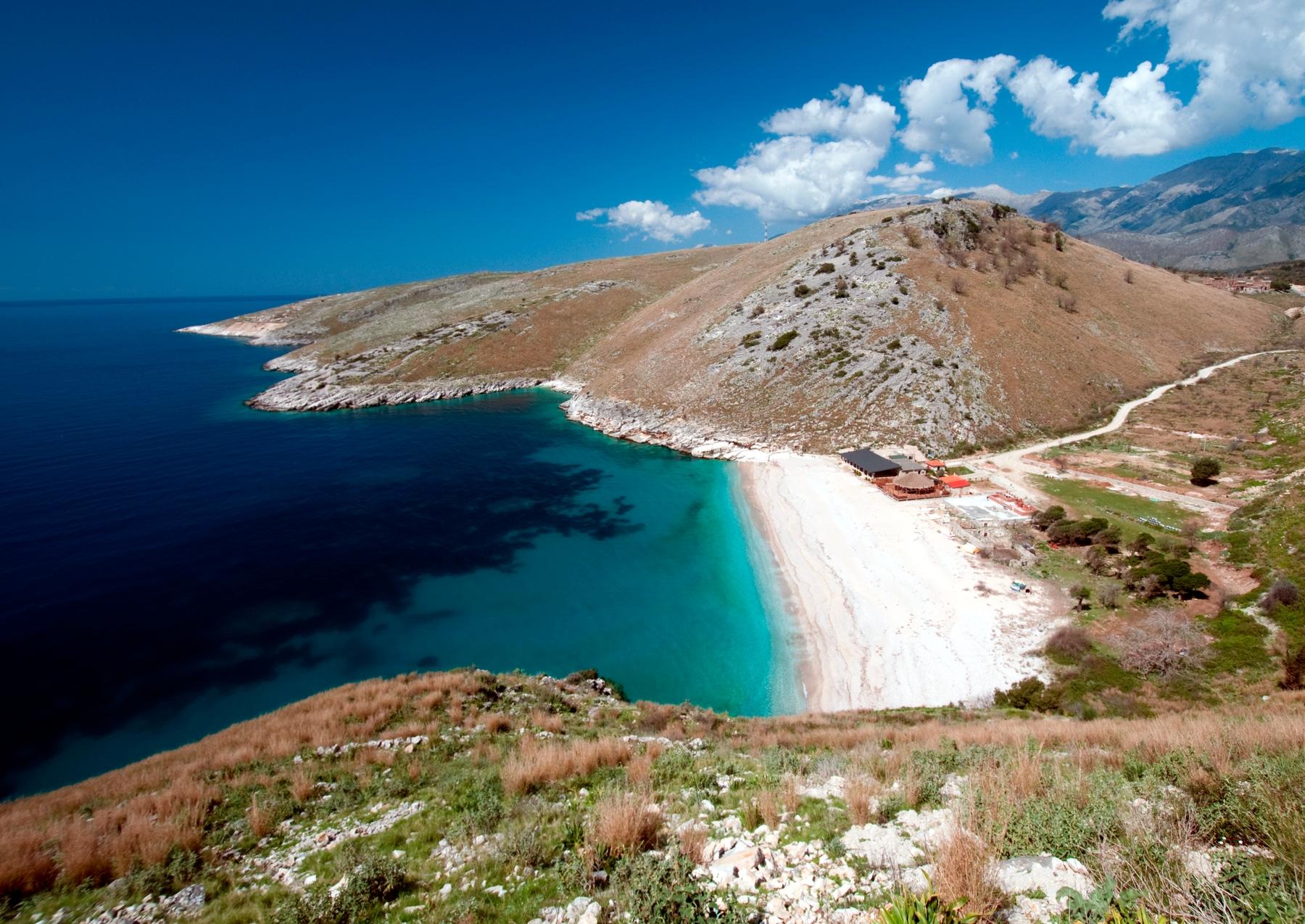 Билеты в Албанию: необычные идеи, куда поехать летом на море