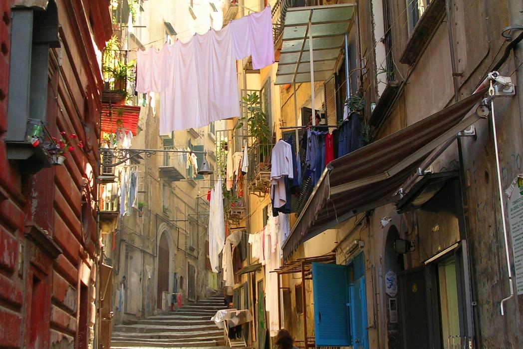 Γειτονιά της Νάπολης, Ιταλία