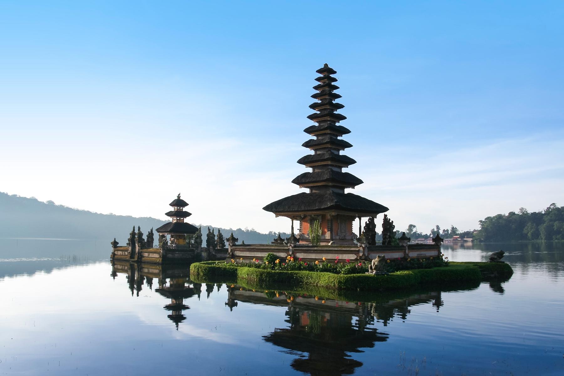 Países más grandes: Pagoda en Indonesia