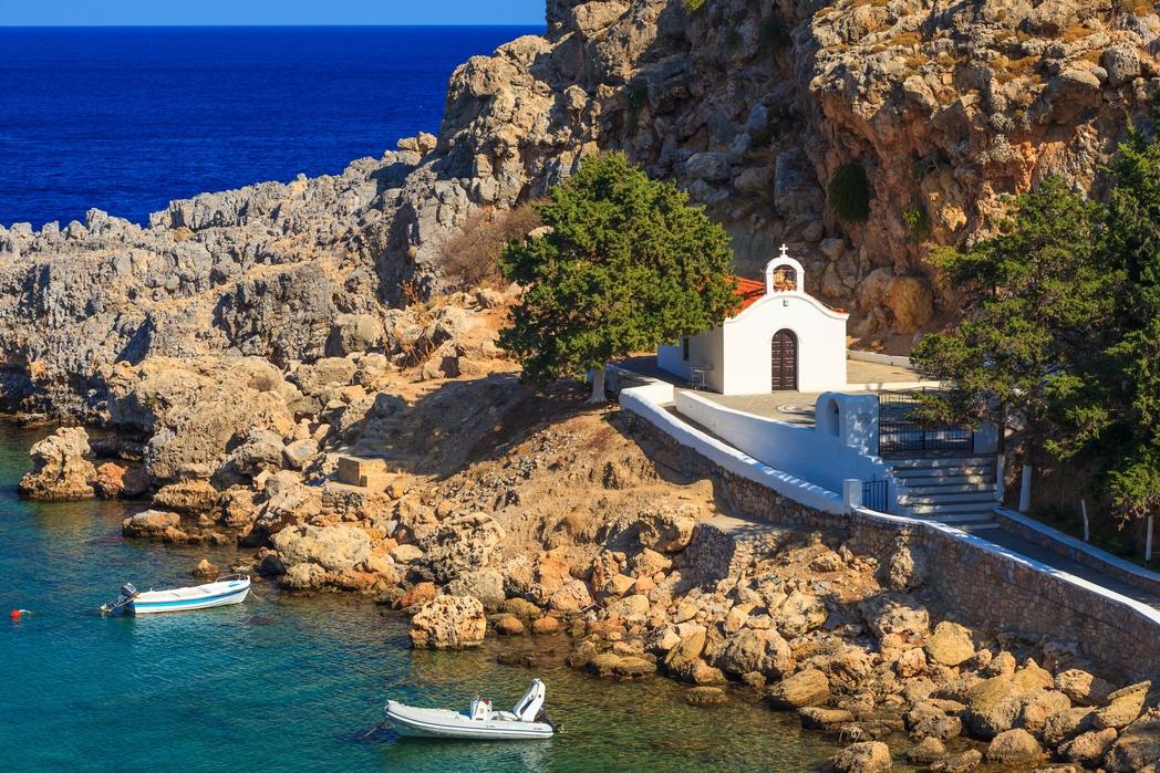 Εκκλησάκι στη Ρόδο - πού να πάτε ταξίδι το Πάσχα στην Ελλάδα