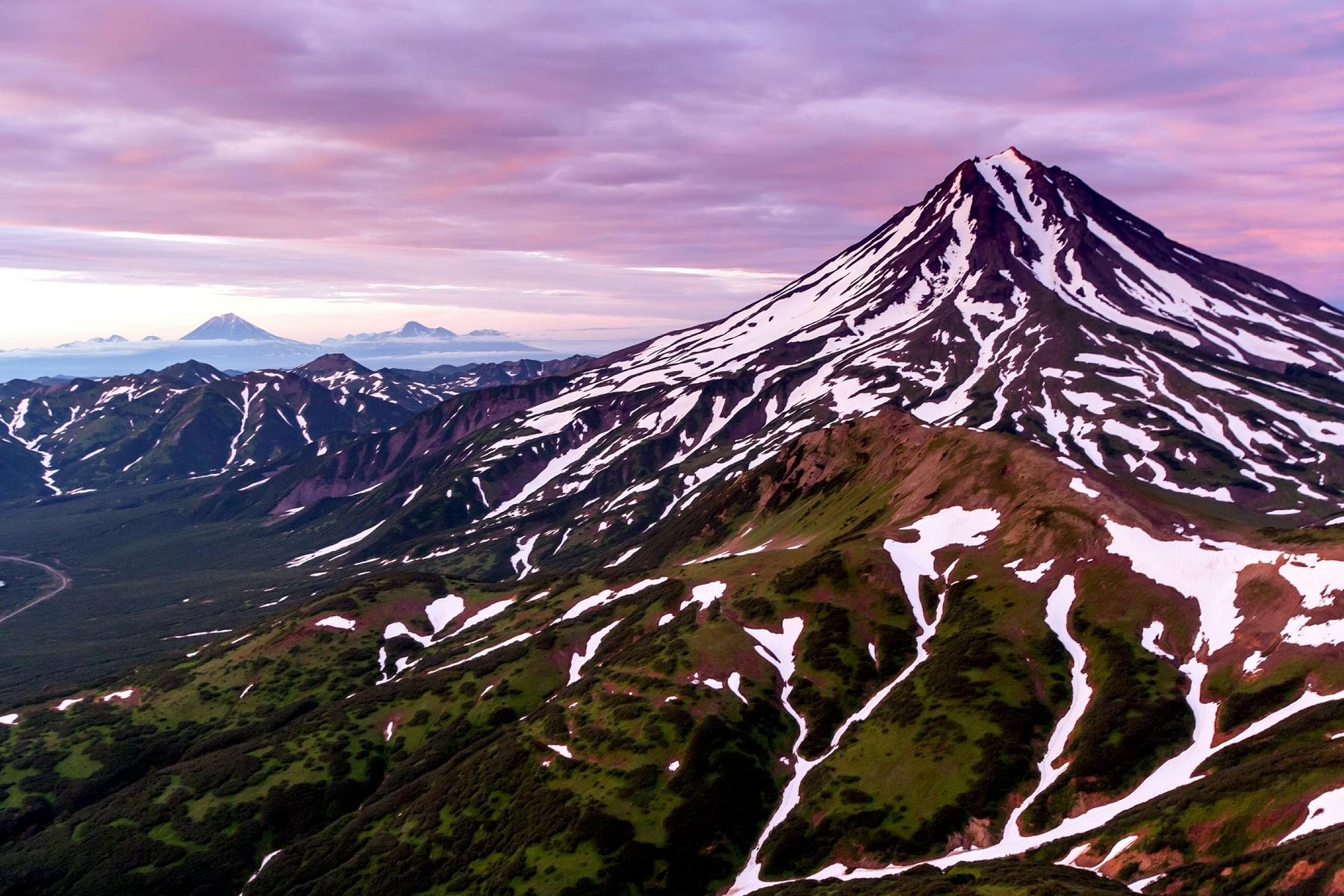 Вилючинская Сопка — красивый вулкан на Камчатке зимой