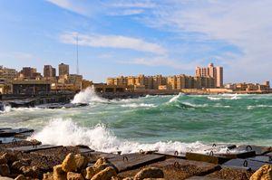 Κύματα στη θάλασσα της Αλεξάνδρειας, Αίγυπτος