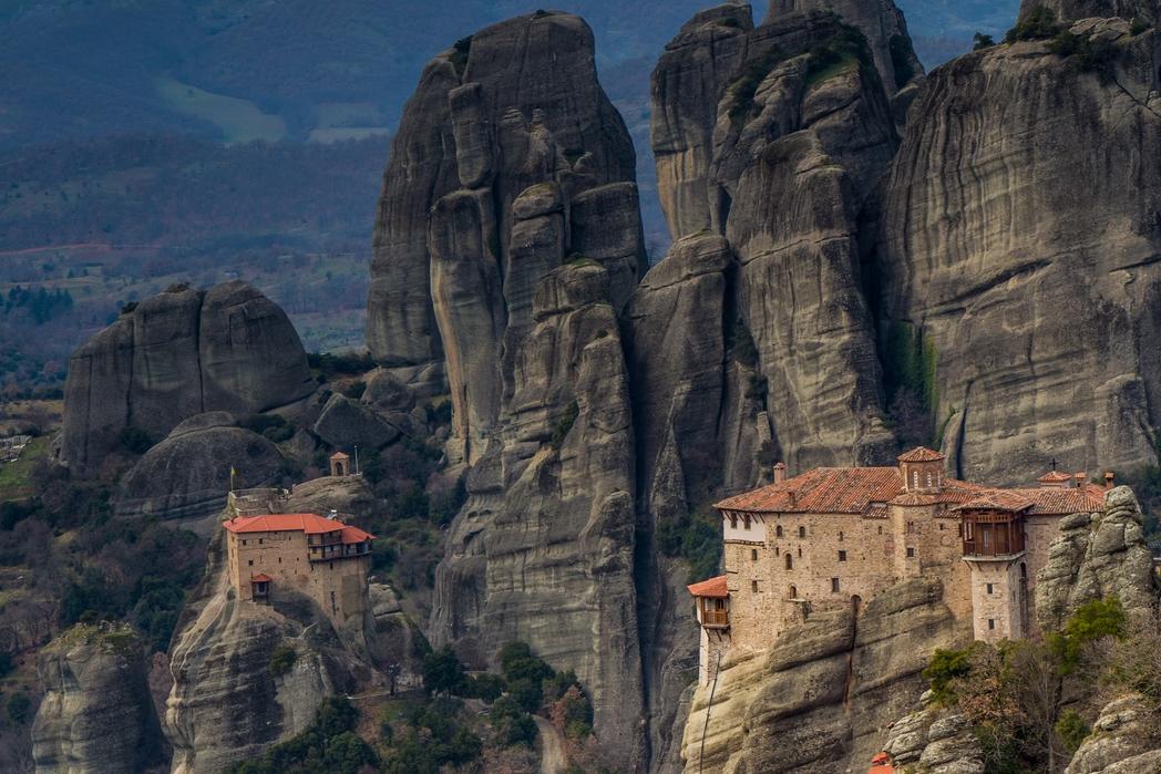 Μοναστήρια στα Μετέωρα