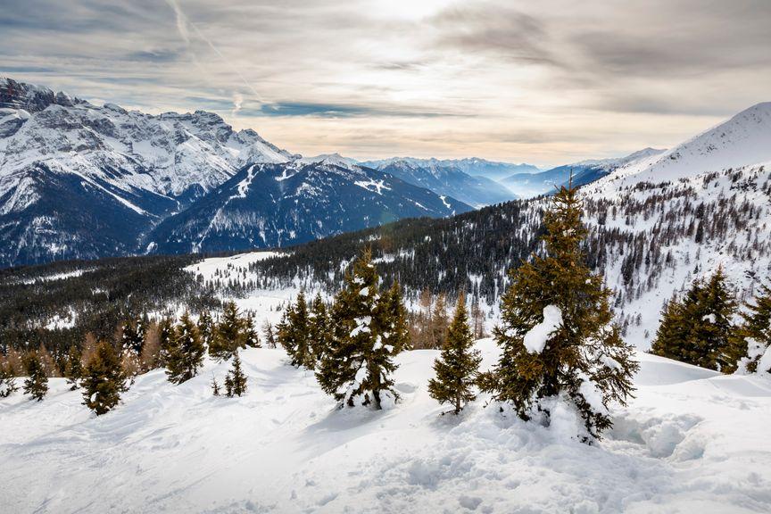 Χιονισμένα βουνά στο Τρέντο της Ιταλίας - 10 εναλλακτικά ταξίδια στην Ευρώπη