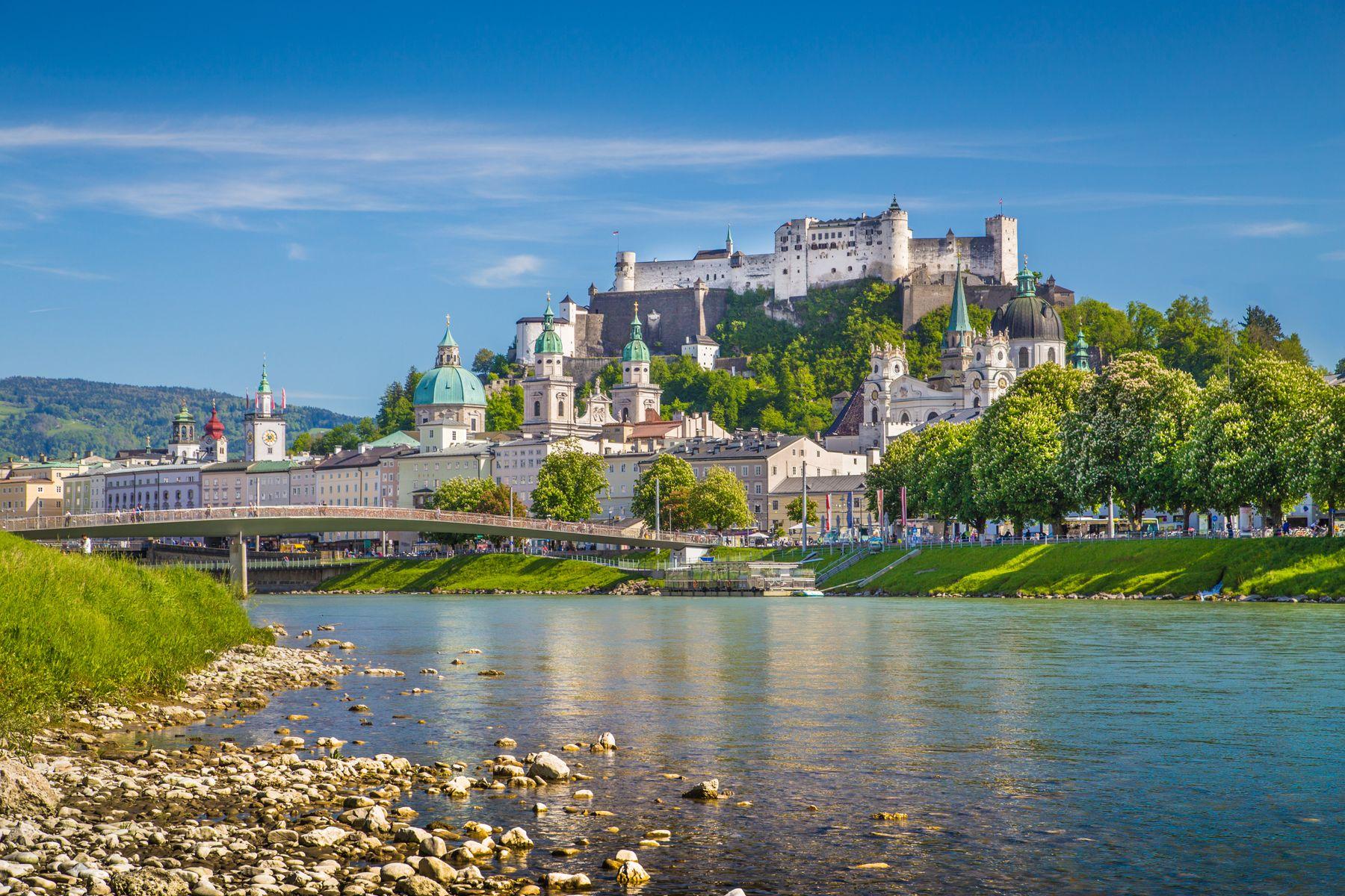 Замок Хоэнзальцбург в Зальцбурге, Австрия