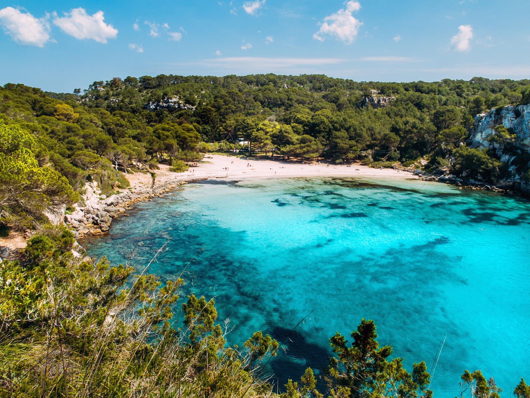 Самый дешевый остров для отдыха в Испании — Менорка