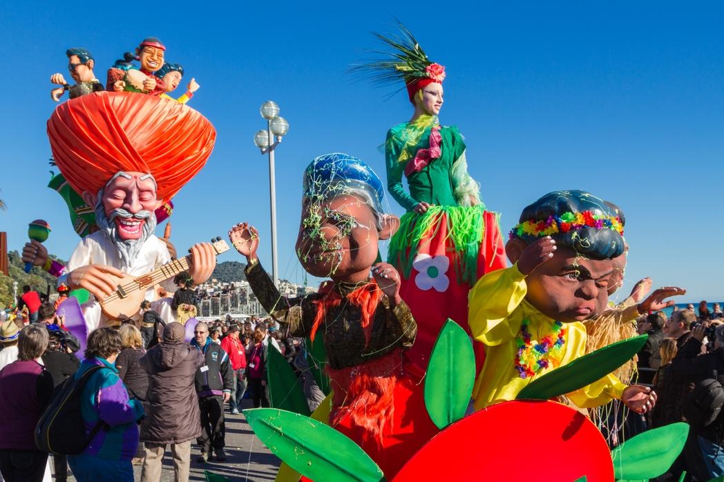 To Kαρναβάλι της Νίκαιας - Γαλλική εναντίον Ιταλικής Ριβιέρας