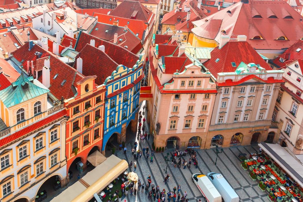 Πολύχρωμα σπίτια στην Παλιά Πόλη της Πράγας
