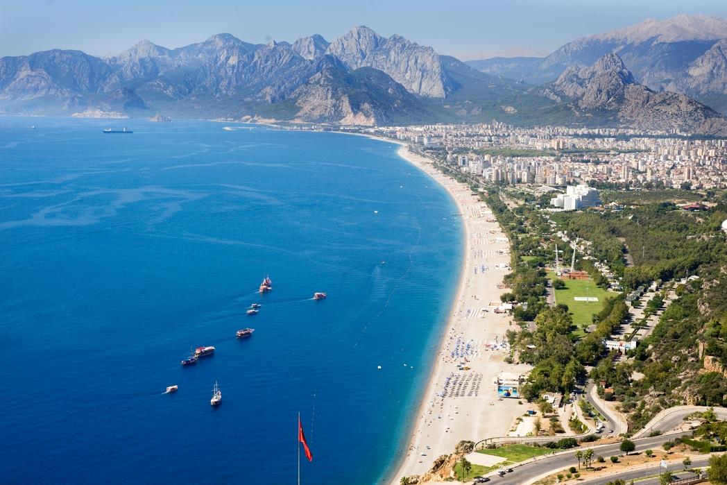 Konyaaltı Beach in Antalya stretches to the Olympus Mountain