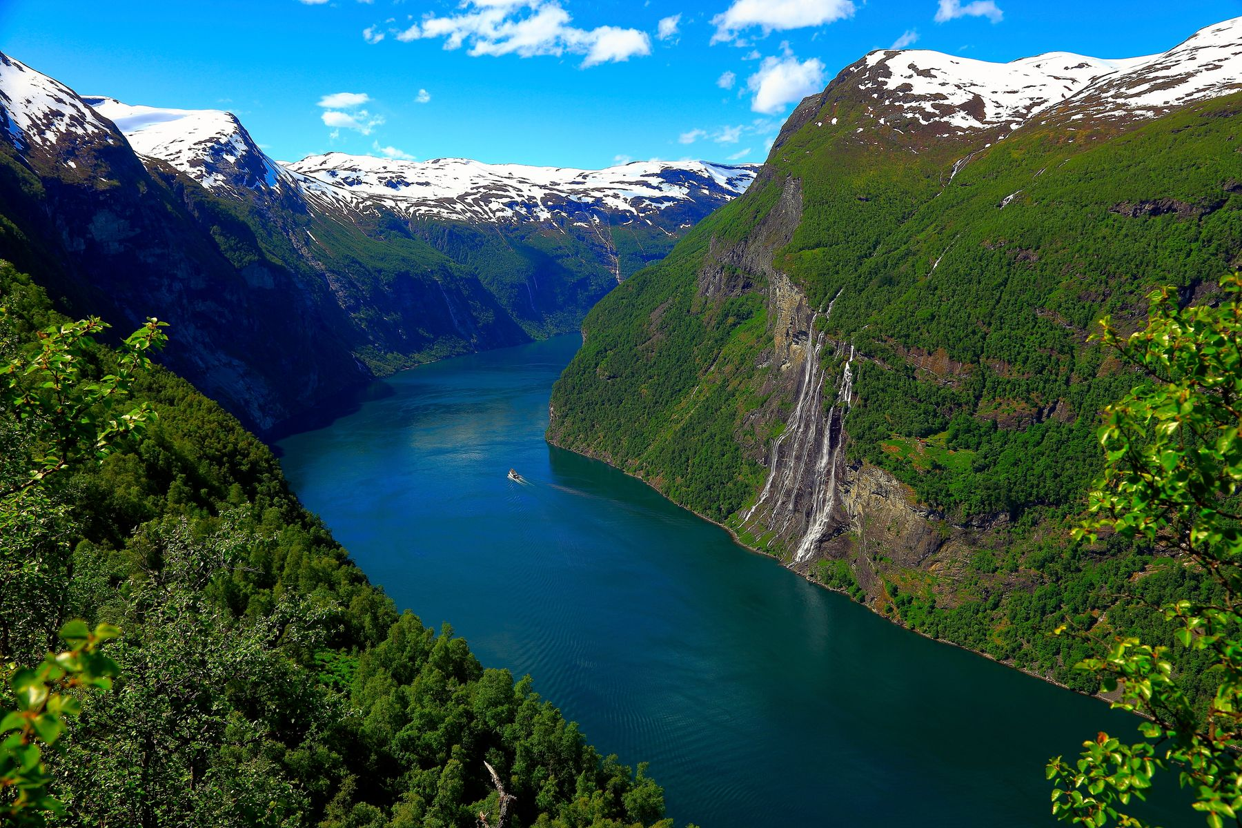 the Nærøyfjord in Norway is one of the lesser known world wonders
