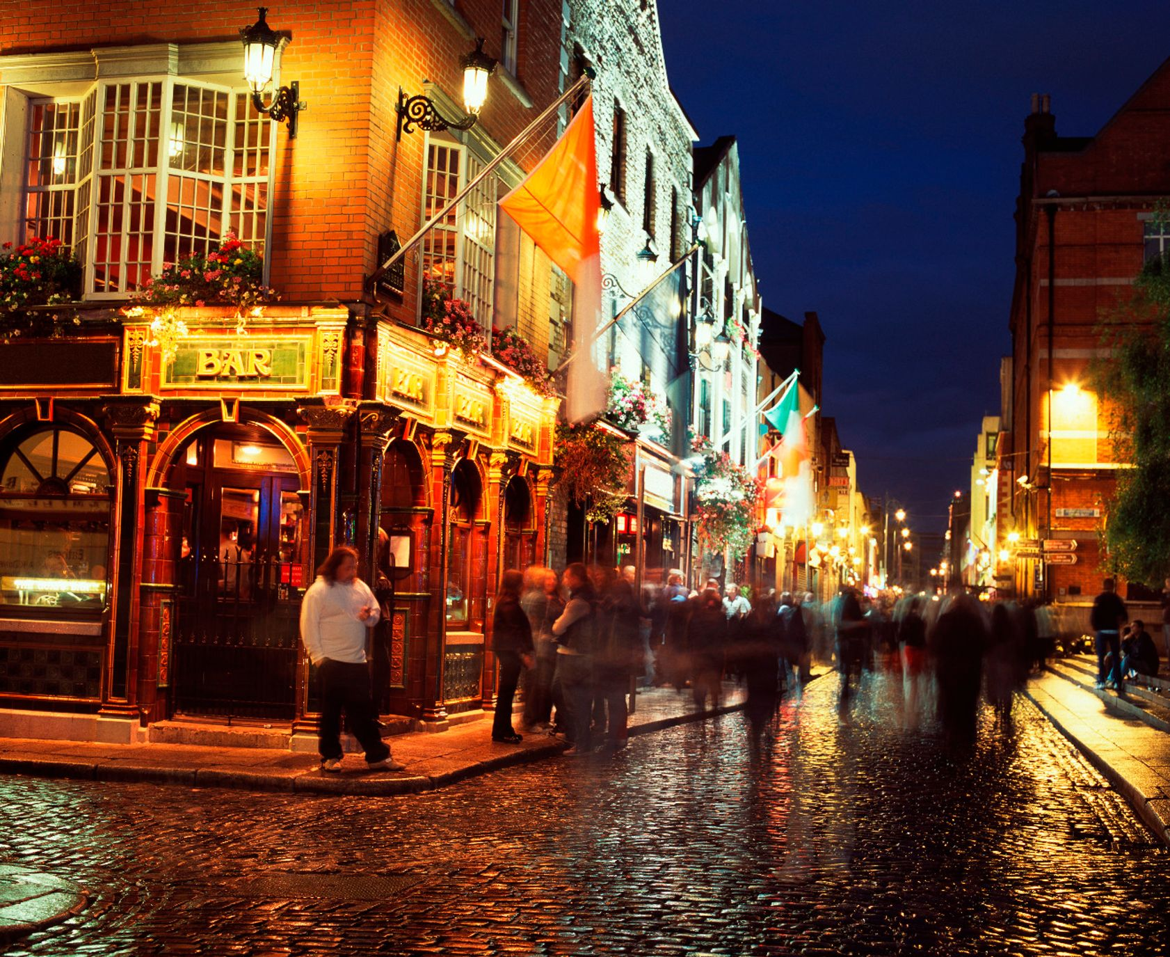 Temple Bar is known for its buzzing nightlife - best things to do in Dublin on a Saturday