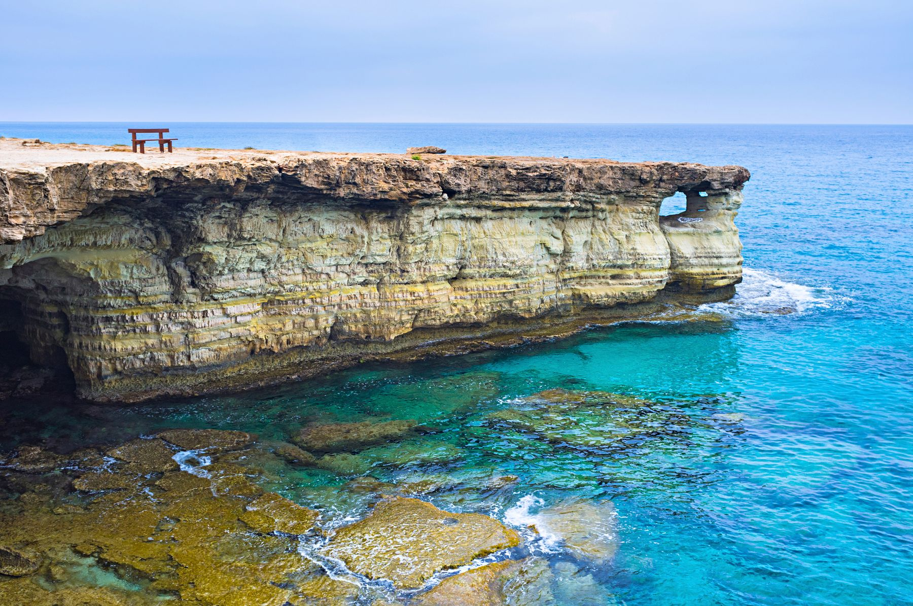 Куда поехать на море без визы или с визой по прибытии: Кипр