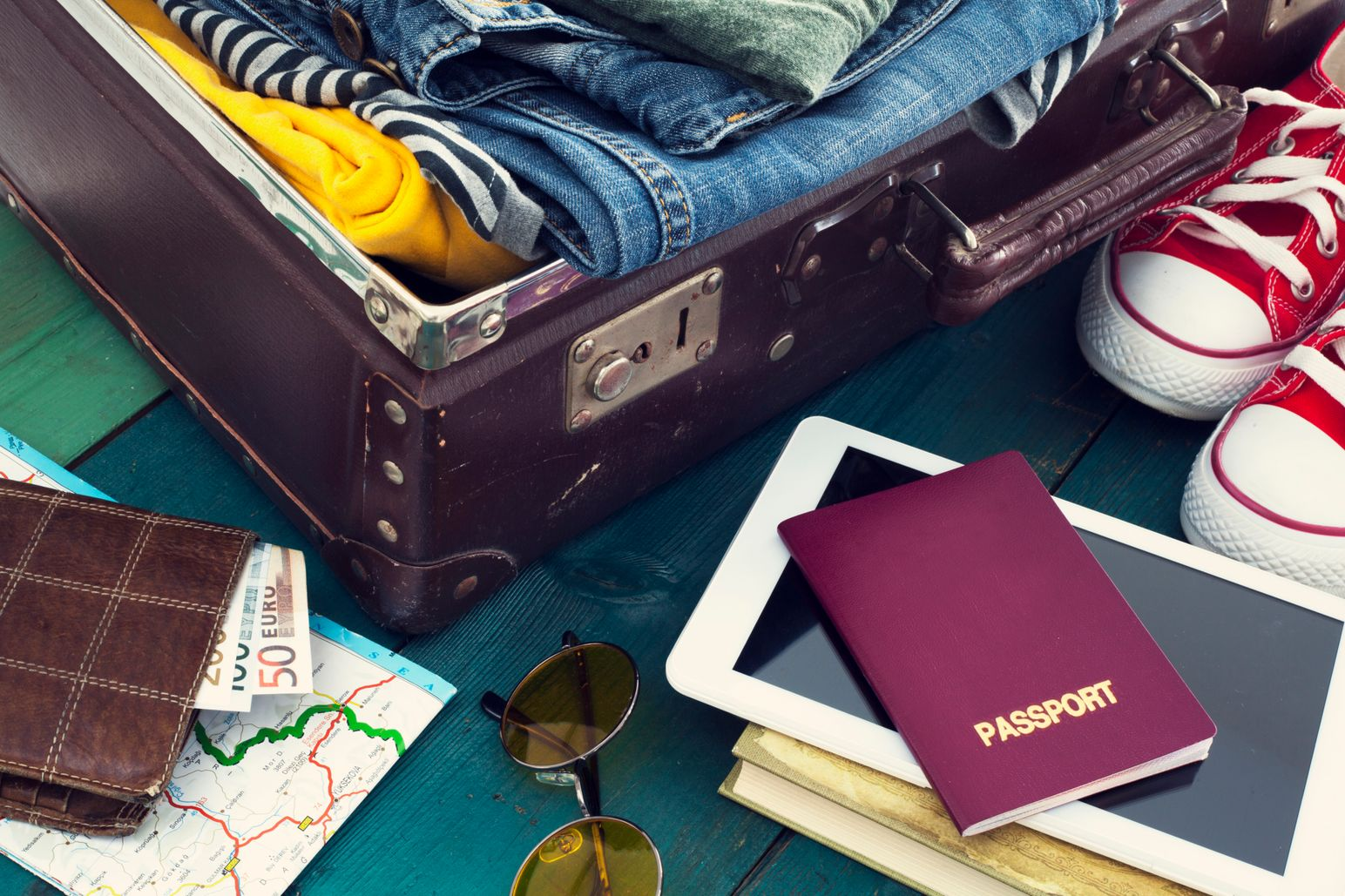 Lufthansa Hand Luggage Explained And How To Maximise Your Cabin Baggage Allowance Skyscanner S Travel Blog