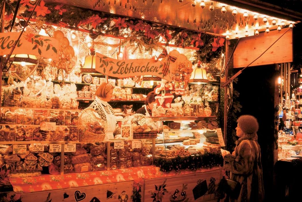 Ψώνια στη χριστουγεννιάτικη αγορά του Μονάχου