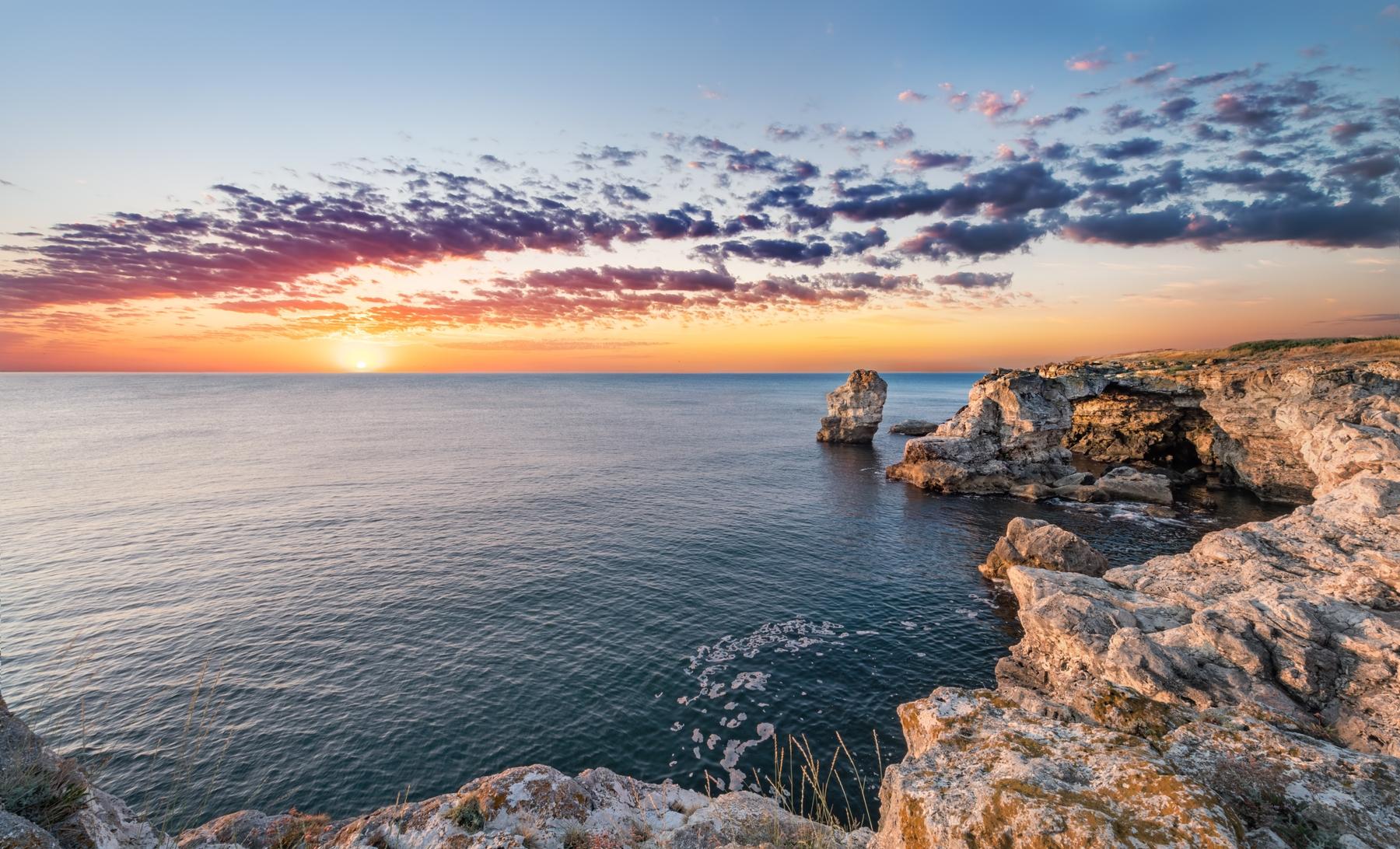 Sunsets to die for on winter breaks in Aruba