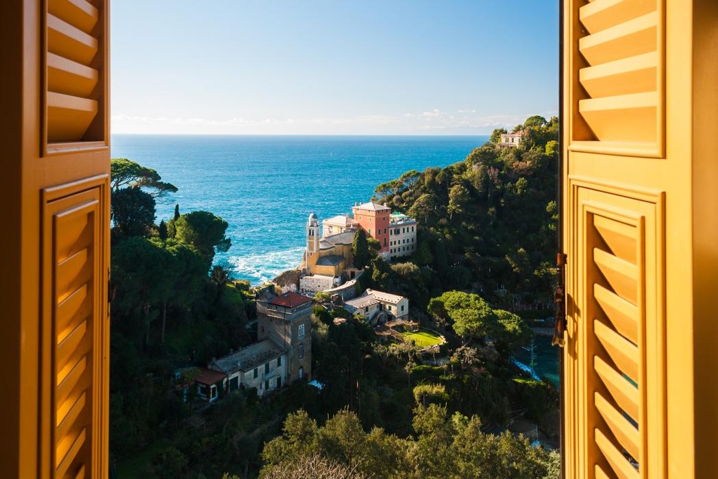 Παράθυρο με θέα το Πορτοφίνο - ταξίδι στην Ιταλική Ριβιέρα