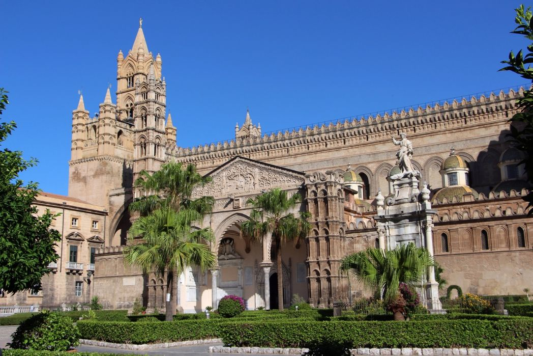 Historic Palermo is warm in the autumn