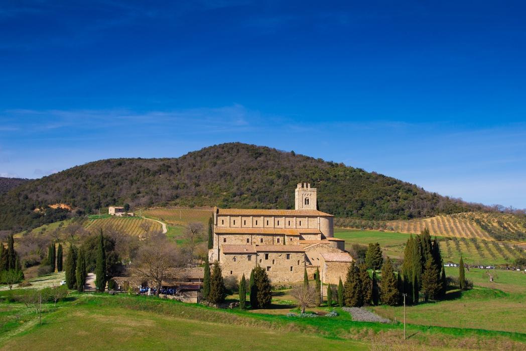 Μονταλτσίνο - πού να πάτε ταξίδι στην Ιταλία
