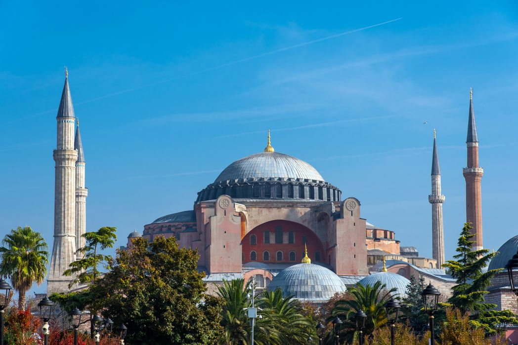 Istanbul is one of the most mesmerising November holiday destinations for shopping and culture