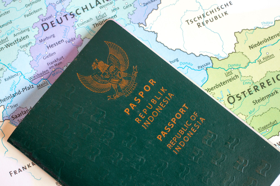 Apakah Wni Perlu Visa Saat Transit Di Abu Dhabi Dubai Qatar Turki Taipei Jepang Australia Dan China Skyscanner Indonesia