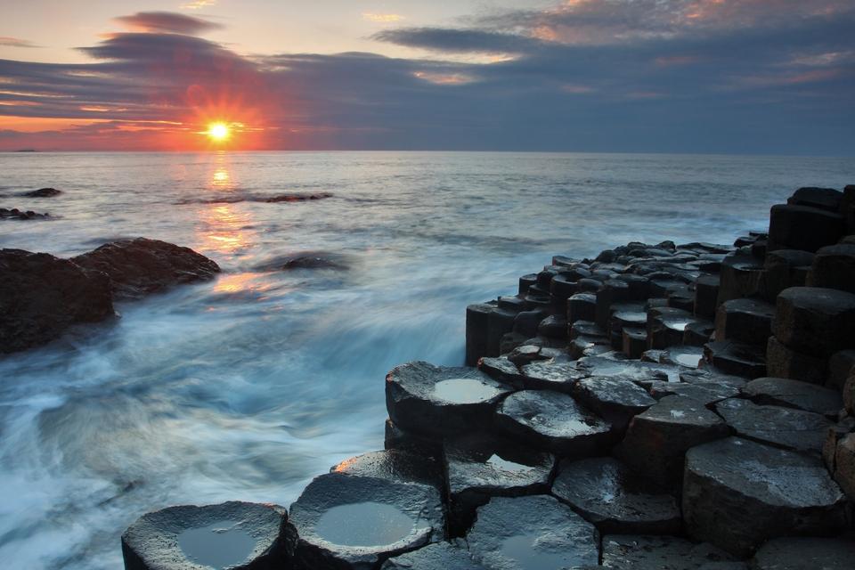 Road Trips durch Irland und Nordirland: Causeway Coastal Route (Nordirland) – von Belfast nach Londonderry
