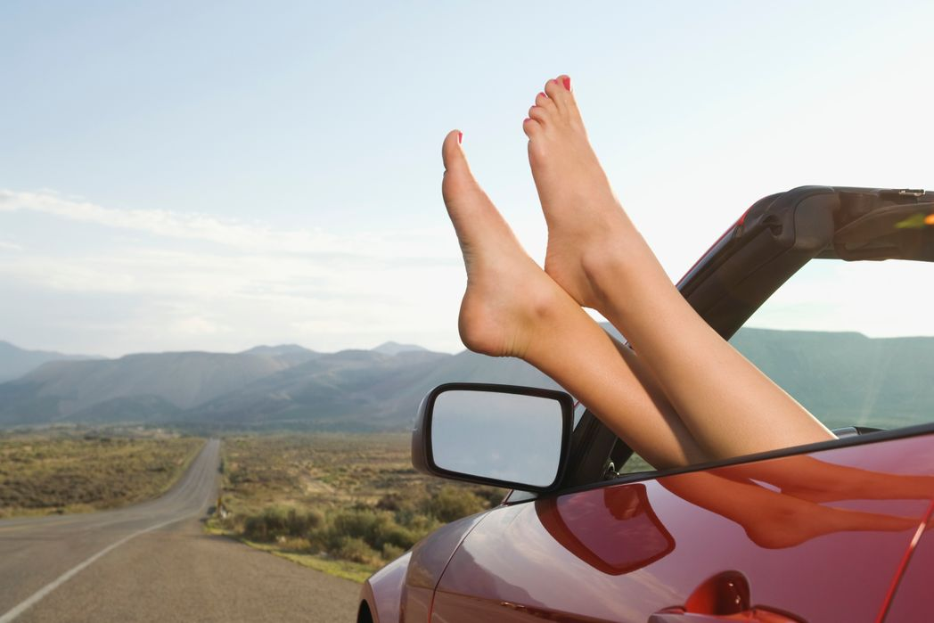 Απαραίτητη στάση στο road trip με τα πόδια ψηλά για μια στιγμή ξεκούρασης