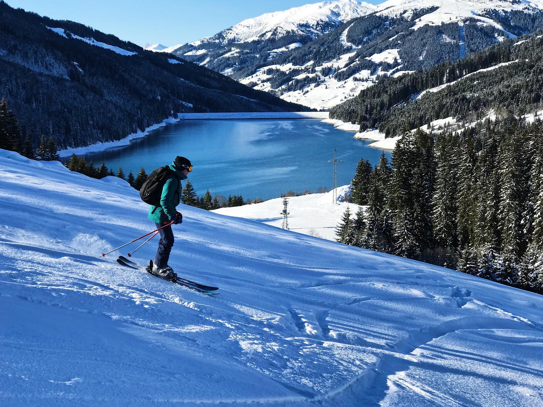 esquiar en la naturaleza
