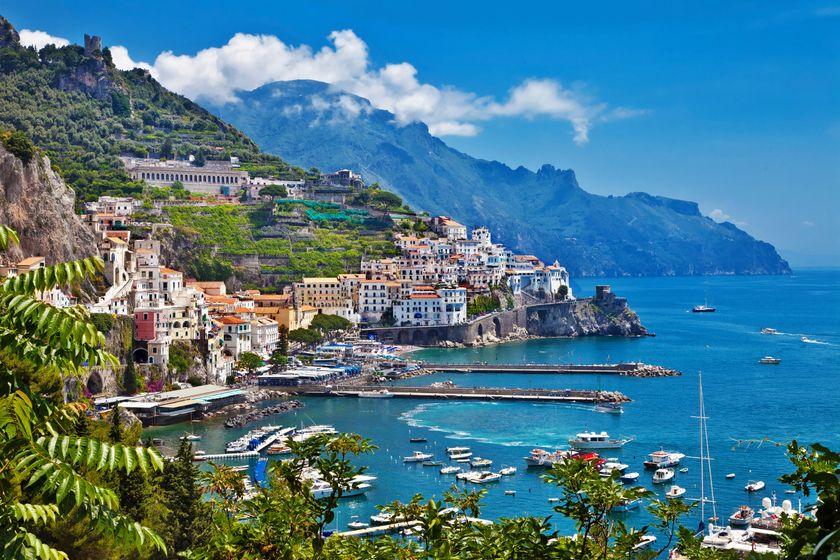 Где лучше пляжи: в Италии или Испании