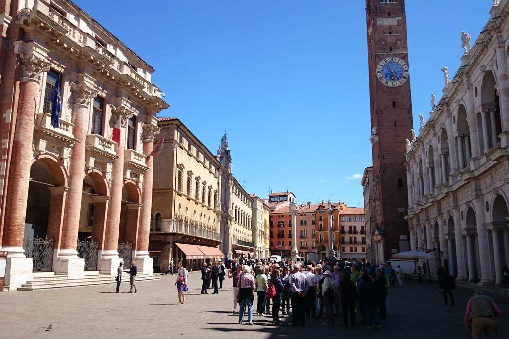 Vicenza, cosa vedere: Piazza dei Signori