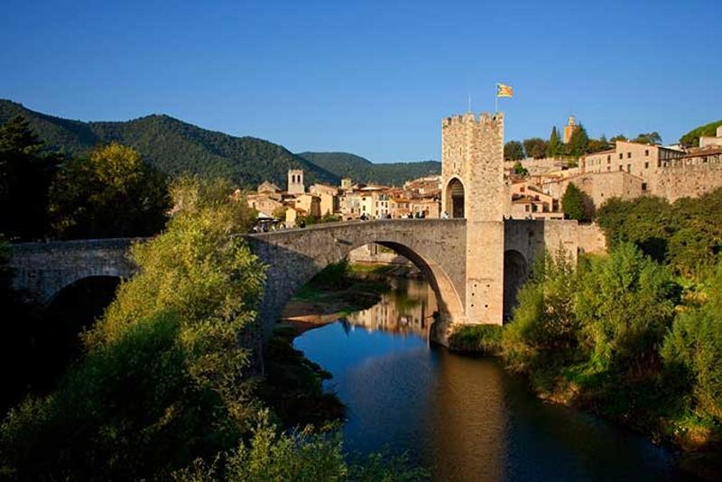 Los 20 rincones más bonitos de Cataluña: Besalú