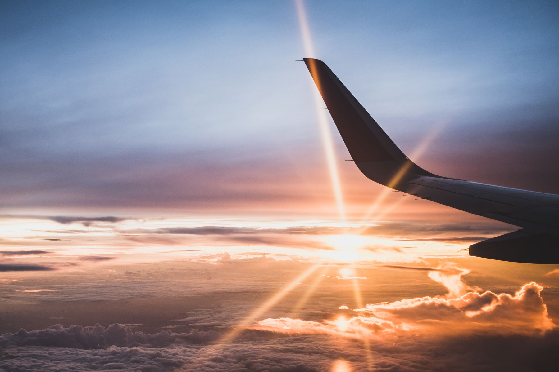 Numerosas aerolíneas conectan a diario España e Italia
