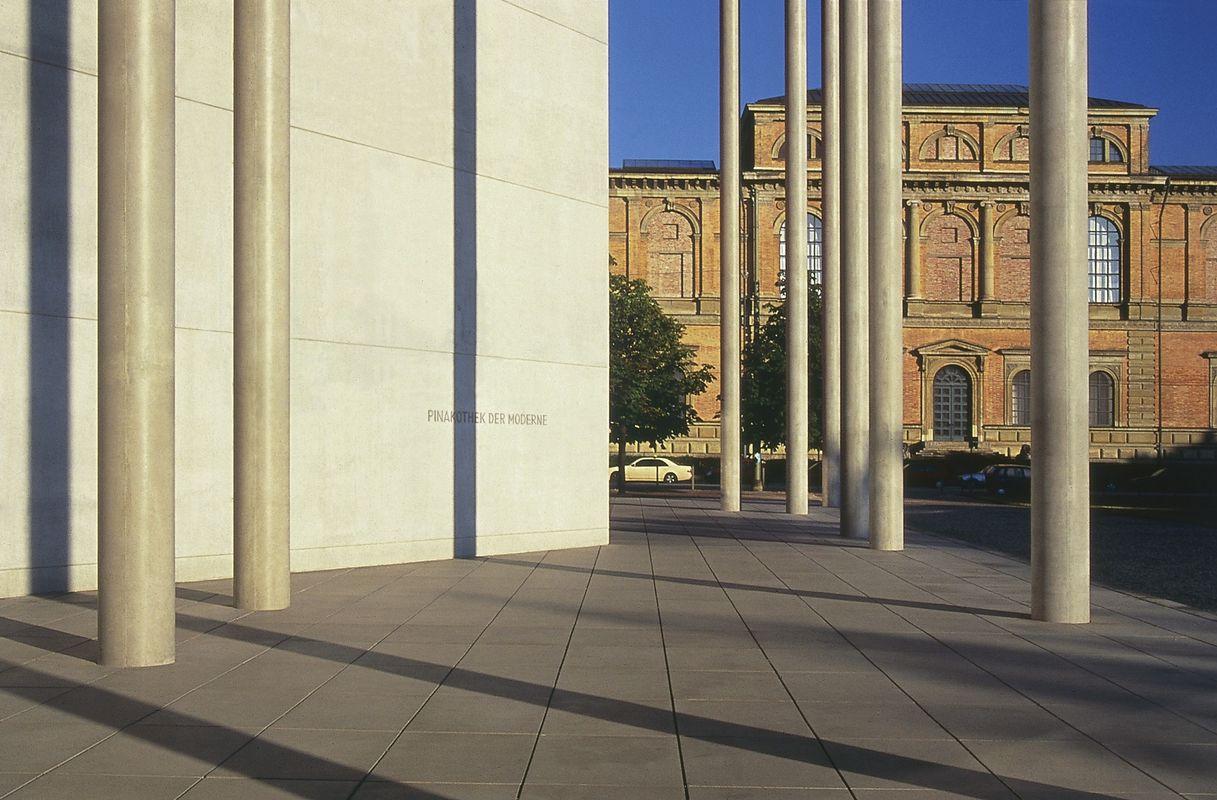 Η Pinakothek der Moderne είναι απ' τα μουσεία που πρέπει να δείτε σ' ένα ταξίδι στο Μόναχο