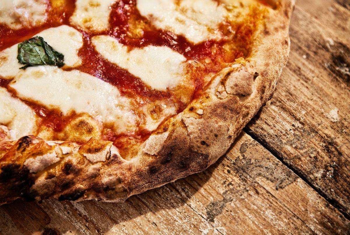 Cosa vedere a Sorrento: pizza napoletana