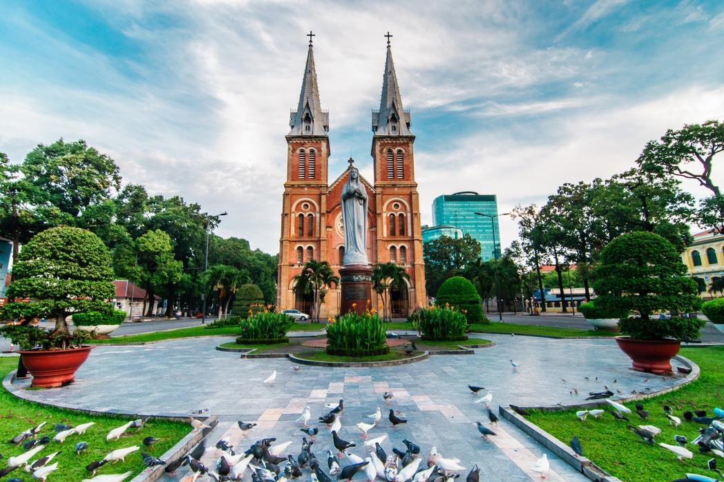 O καθεδρικός ναός Notre Dame της Σαϊγκόν - ταξίδι στο Βιετνάμ