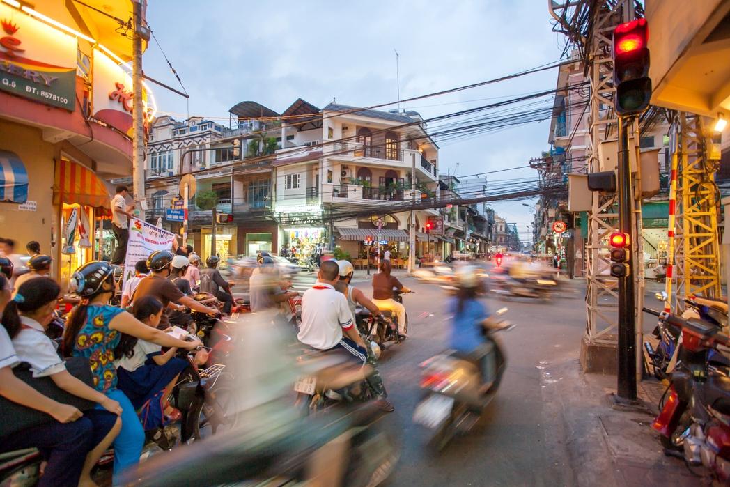 Πανδαιμόνιο από μηχανάκια στο Βιετνάμ
